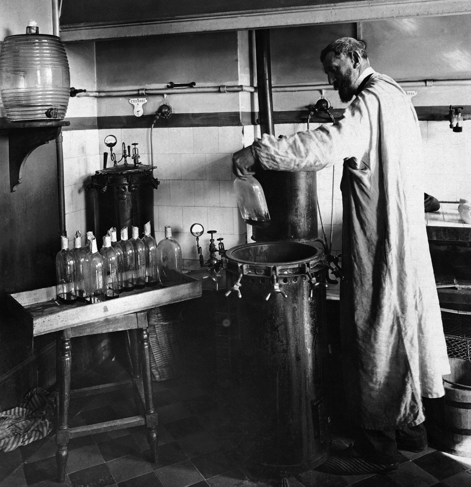Pasteur découvre la pasteurisation